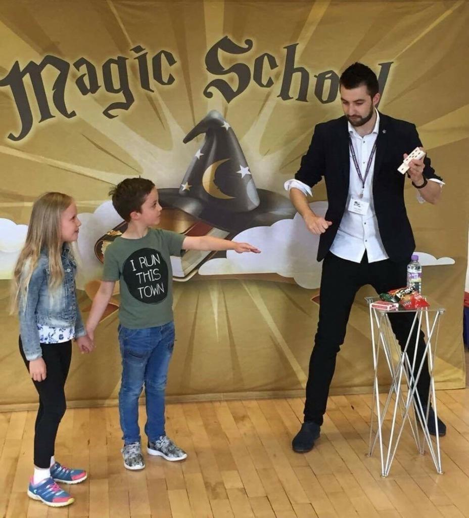 Edinburgh International Magic Festival - Magic School